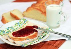 Конфитюр, мармалад и сладко. Какви са разликите между тях?