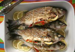 Риба, пълнена със зеленчуци